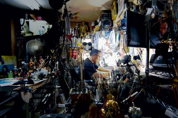 Hajime-Sorayama-in-studio Access all areas with the titans of Japanese art